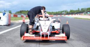 Letzte Instruktionen vor dem Start beim Formel-Event.