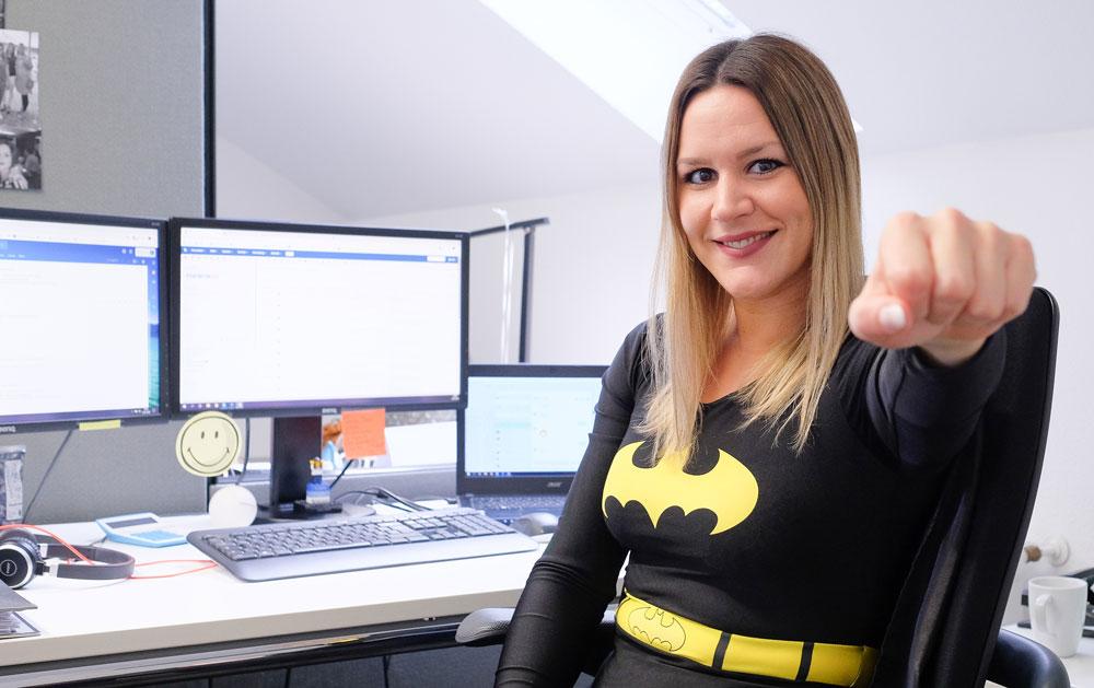 Laura als Batgirl