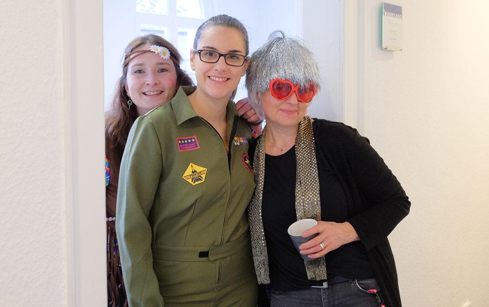 Petra, Janina und Birgit in ihren Kostümen