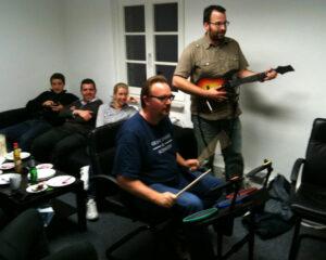 2010: Feierabende mit Guitar Hero und Singstar